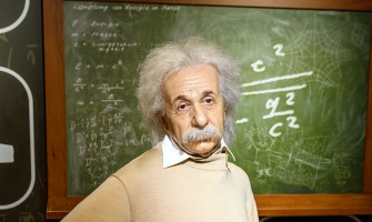 Albert Einstein'e Mektuplar – Bilim Adamları Dua Eder mi? Küçük Kızdan Einstein'e Mektup