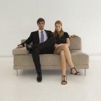 Oturuş Pozisyonu – Bacak Bacak Üstüne Atmak Zararlı mı?