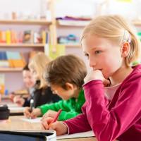 Sınavlar ve Çocuklar – Sınavlar Küçük Yaştaki Çocukları Öğrenmeye Teşvik Etmiyor
